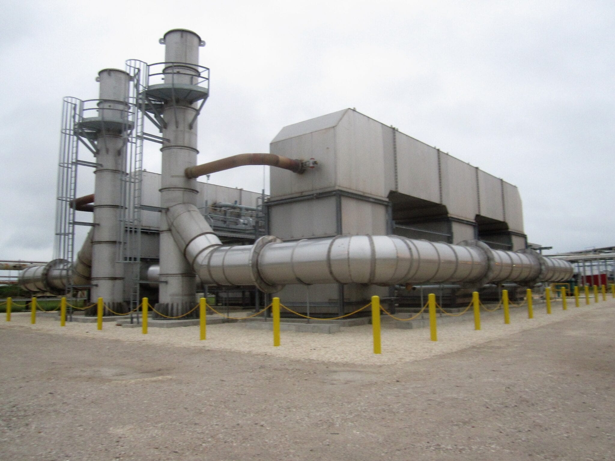 Regenerative thermal oxidizer for midstream industry