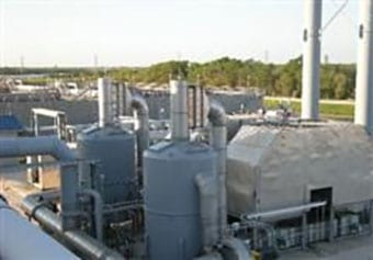 Regenerative thermal oxidizer for wastewater treatment
